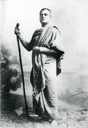 Swami Vivekananda at the Tari Ghat Station