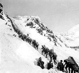 Prospectors in Klondike