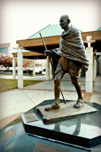 Gandhi, Atlanta statue